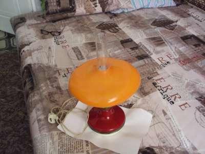 настольная лампа сделано в СССР лампа