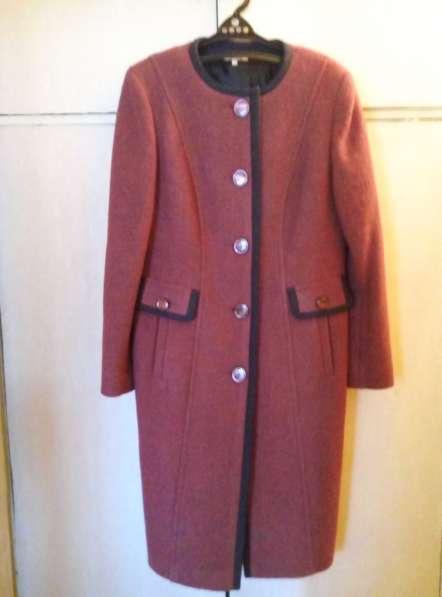 Пальто весеннее — осеннее