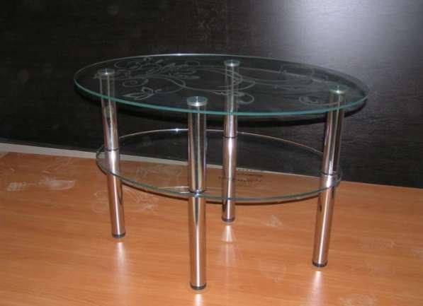 Стеклянные столешницы/столы с фото, покраской, пескоструем. Производитель.