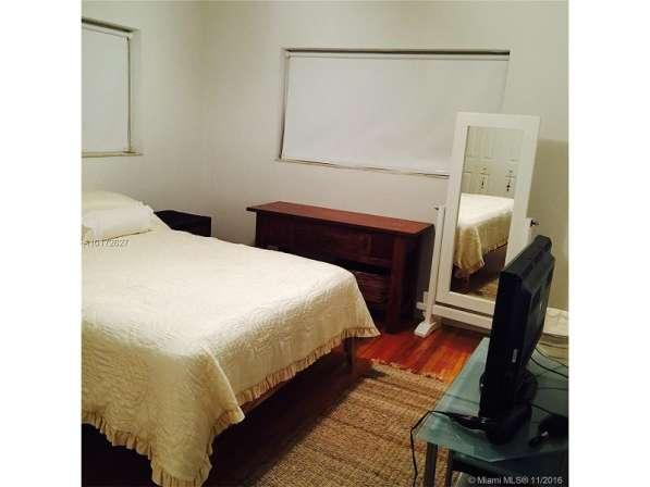 Квартира в Бэй-Харбор-Айлендс в фото 3