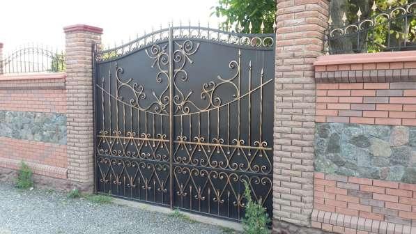 Продам кованые металлические ворота
