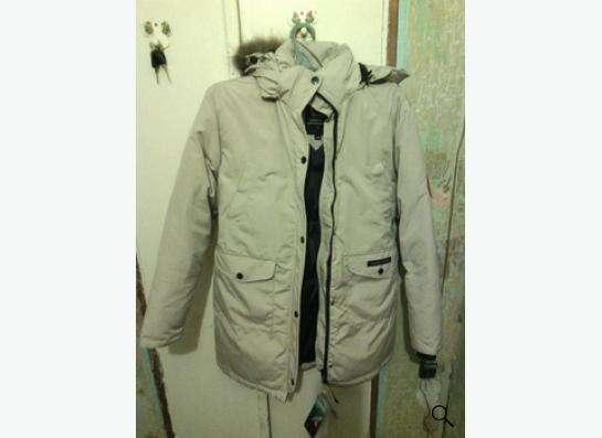 Быстро продается куртка Canada Goose