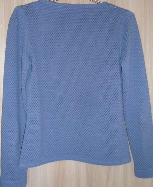 Пуловер васильковый, р-р 46