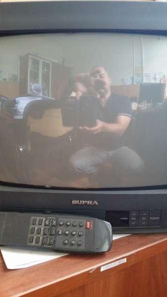 Телевизор с ЭЛТ Supra, диагональ 32 см