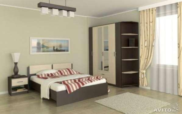 Кровать с матрасом на 160ладатанго