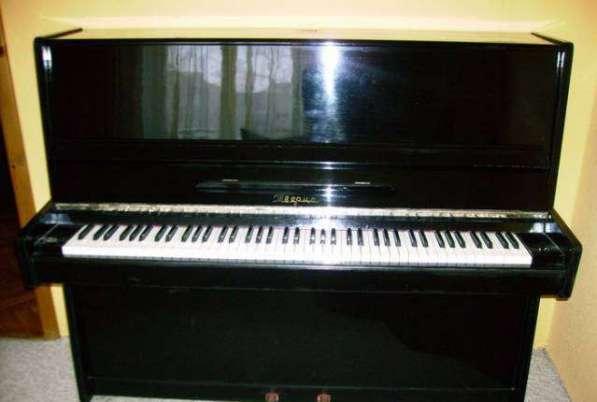 Срочно отдам пианино даром черное
