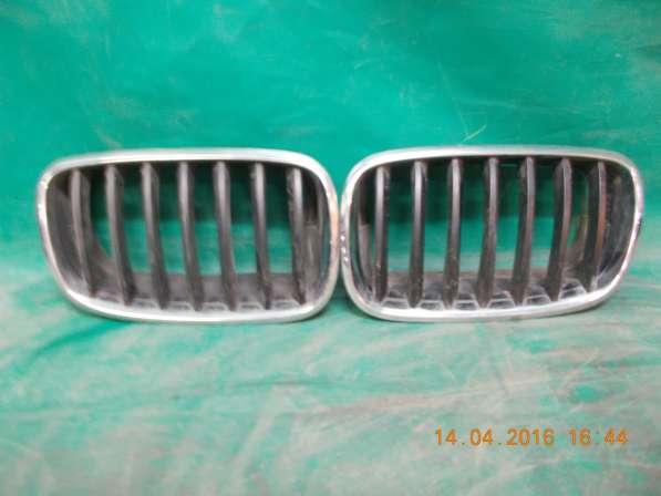 Решетка радиатора BMW X5 E70 б. у