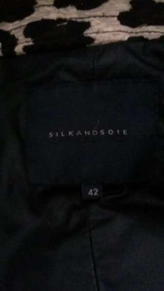 Продажа женской куртки в Ростове-на-Дону фото 3