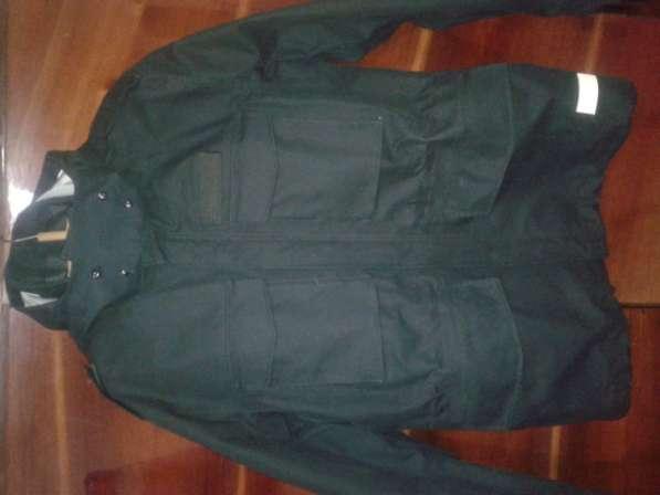 Куртка черного цвета
