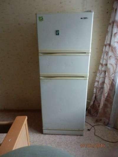 холодильник Gold Star Korea No; GR-353FD5
