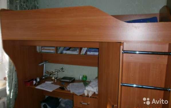 Детский уголок+ кровать (2 этаж)