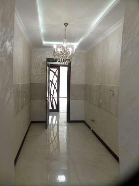 В центре Еревана, недалеко от университета, 3 комнаты в фото 3