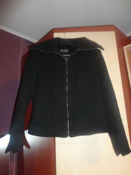 Продам куртку-пальто, в хорошем состоянии.