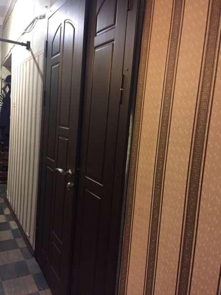 Дверь металическая, входная в Санкт-Петербурге