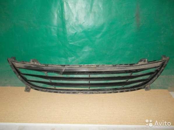 Нижняя решетка на Hyundai Elantra