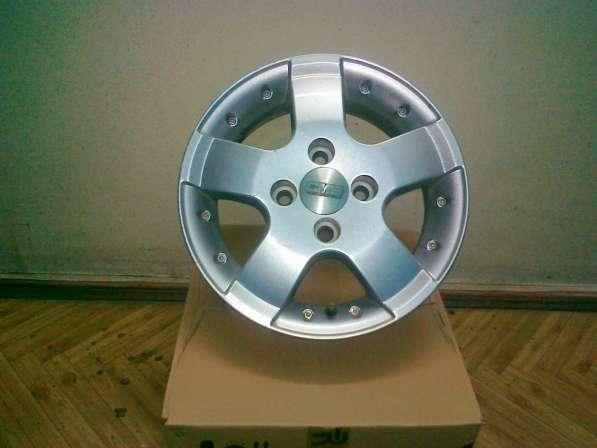 Продам б/у литые колёсные диски