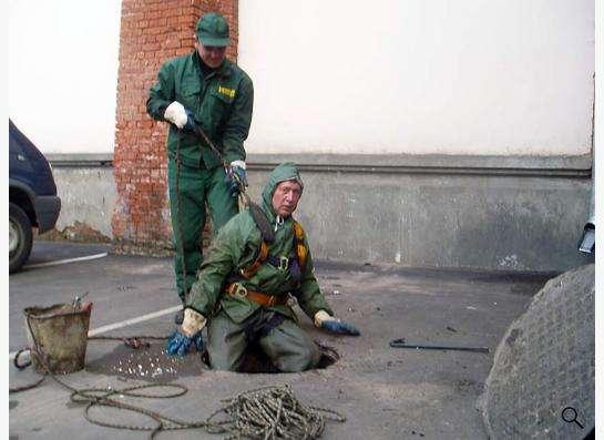 Прочистка канализации круглосуточно ! в Омске фото 4