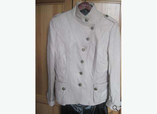 Куртка кожаная женская 44 размер