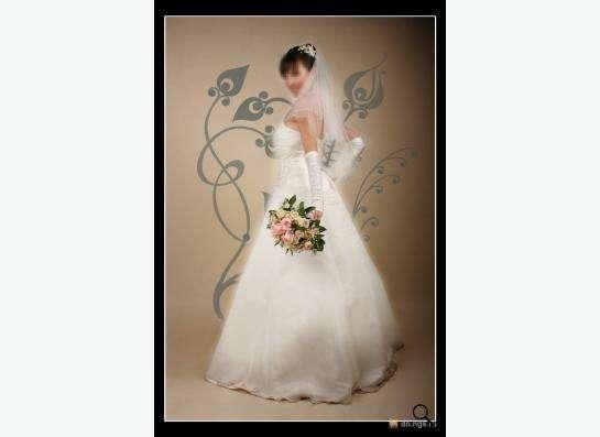 Свадебное платье (шнуровка) размер 44 в Новосибирске