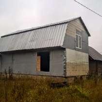 Отдельно стоящий жилой хутор с хоз-вом, 12 Га. земли, в Пскове