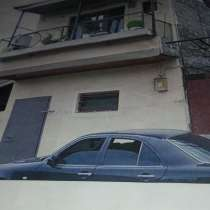 Продаю двух этажный дом г. Ереван Верин чарбах, в г.Ереван