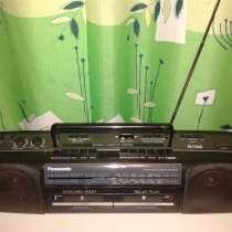 Продаю двухкассетную магнитолу Panasonic RX-FT500, в Москве