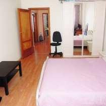 Отличная трехкомнатная квартира, в Екатеринбурге