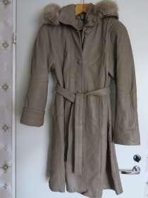 Кожаное пальто женское, в Санкт-Петербурге