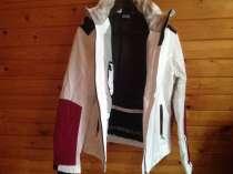 Горно-лыжный костюм, новый, размер46-48, АРМАНИ А7, в Москве