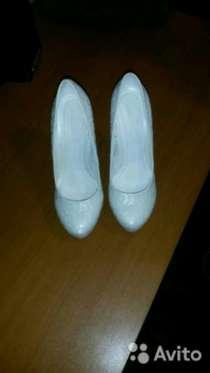 Продам туфли, новые, на праздник или свадьбу, размер 38-39, в г.Самара