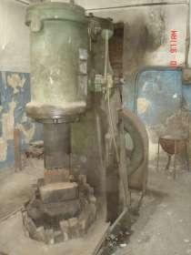 Молот кузнечный МВ-412(м. п. ч. 150кг), 1970 г. в, в г.Новая Каховка