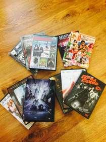 DVD диски с фильмами плюс игра Sims, в Москве