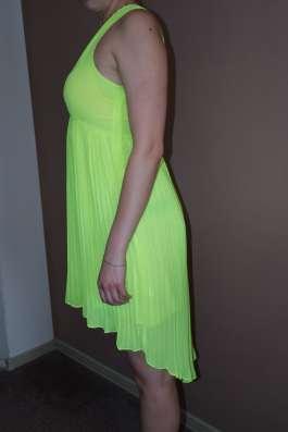 Нарядное платье на выпускной или свадьбу