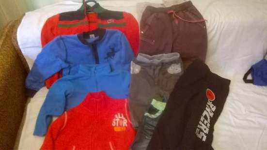 Распродажа верхней одежды на мальчика 3-4 года