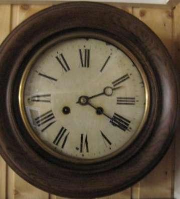 Настенные часы PHS