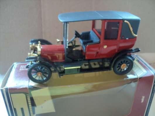 Масштабная модель автомобиля РУССО-БАЛТ