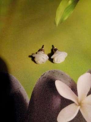 Пусеты-гвоздики