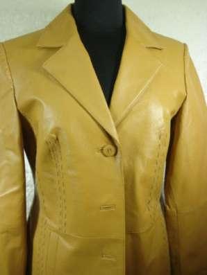куртку кожа D36,I 42,GB10