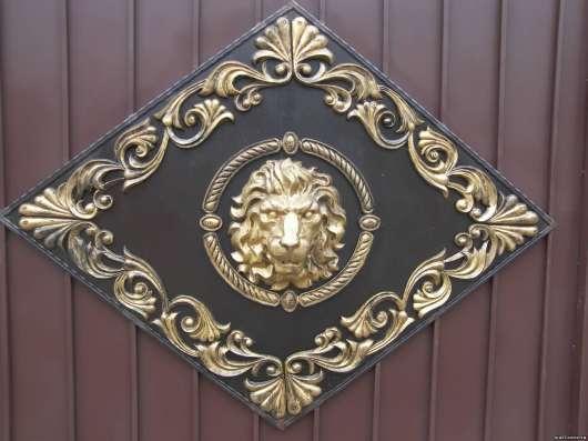 Еврозаборы с барельефом льва в Кемерове Фото 3