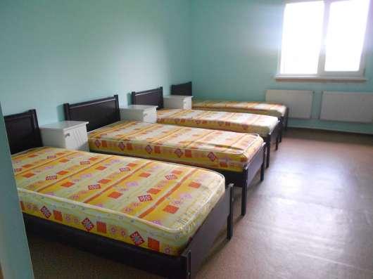 Номера в гостинице эконом класса в г. Куровское Фото 3