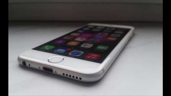 IPhone 6s 128 gb серебристый на гарантии