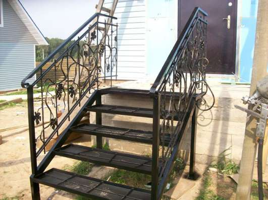 Лестницы и перила сварные, кованные в Ростове-на-Дону Фото 2