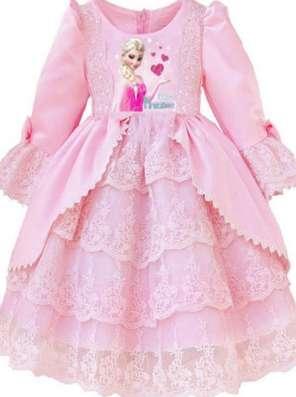 Новое платье с диснеевской принцессой