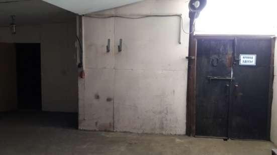 Сдам производство, склад, 694-1350 кв.м, м. Площ. Ал.Невског