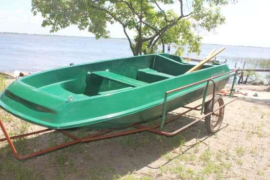 Лодка 5-местная металлопластиковая