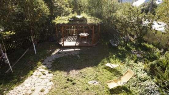 Сдам коттедж на сутки и выходные с баней  в садоводстве Холмистое