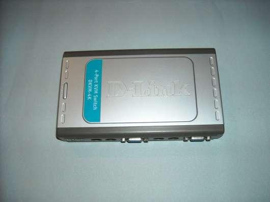KVM Switch D-Link 4х портовый