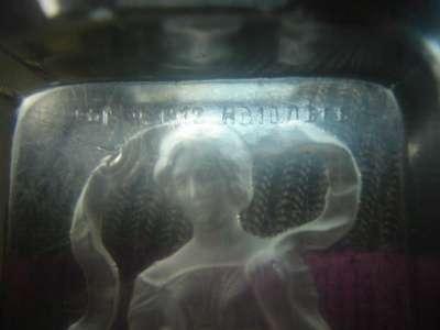 старинная пепельница.стекло,горельеф,191