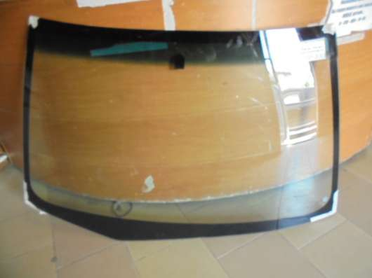 Лобовое стекло на Mitsubishi Lancer IX
