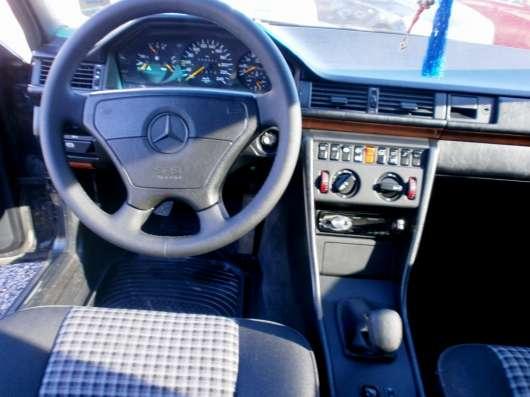 Продажа авто, Mercedes-Benz, W124, Механика с пробегом 244000 км, в Волжский Фото 1